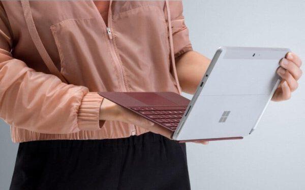 Microsoft Surface Go 10 colių planšetinis kompiuteris