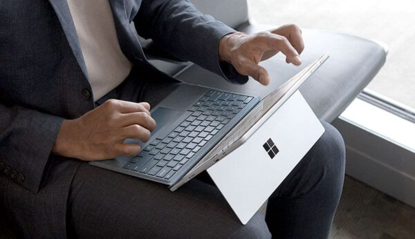 Microsoft Surface Pro Signature Type Cover - Ice Blue klaviatūra