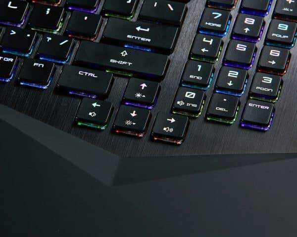 MSI GT75 Titan 9SF žaidimų kompiuteris