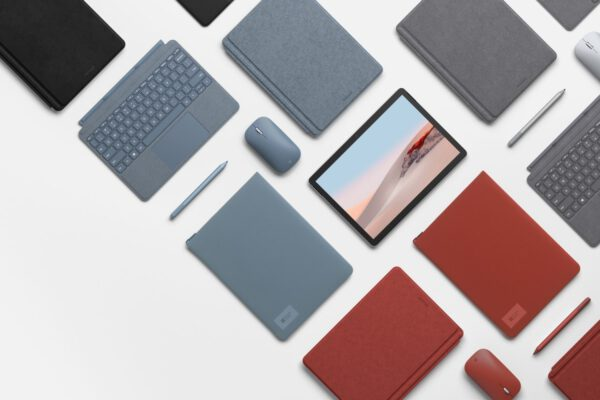 Microsoft Surface Go 2 10.5 2020 planšetinis kompiuteris ir priedai